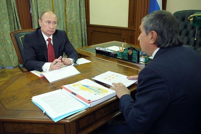 Władimir Putin i Igor Sieczin. Fot. Rosnieft