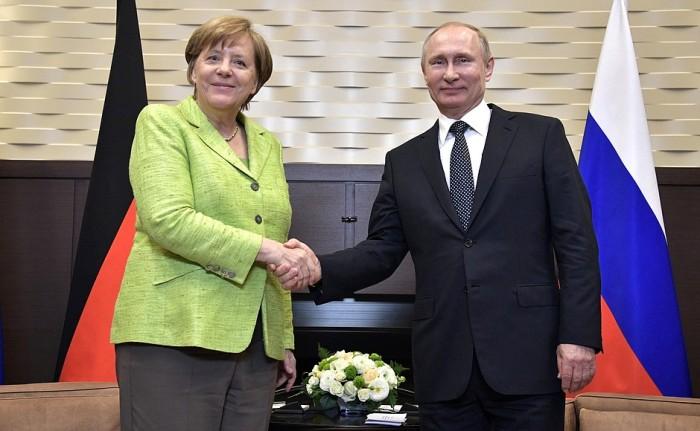 Angela Merkel i Władimir Putin. Fot.: Kremlin.ru