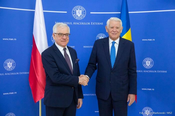 Minister Jacek Czaputowicz z ministrem Spraw Zagranicznych Rumunii Teodorem Melescanu. Fot. Tymon Markowski / MSZ