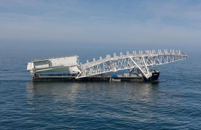 Pioneering Spirit buduje Nord Stream 2. Fot. Allseas
