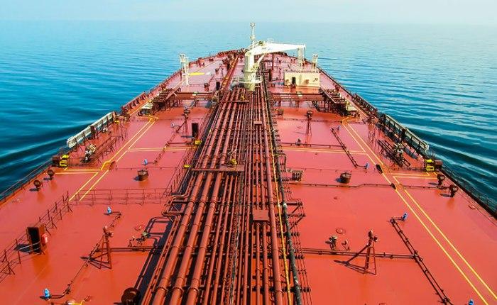 Powrót Iranu albo jeszcze droższa ropa. Rozmowy o dwóch układach we Wiedniu | Niemcy chcą przekonać świat do zazielenienia przemysłu, ale na razie nie maentuzjazmu