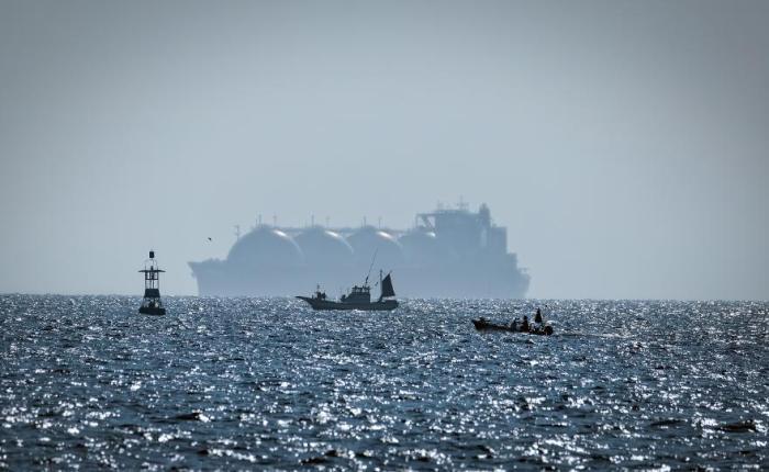 Polska mogłaby podzielić się katarskim LNG z Ukrainą | Ukraińcy ostrzegają przed katastrofą ekologiczną na Bałtyku przez Nord Stream2