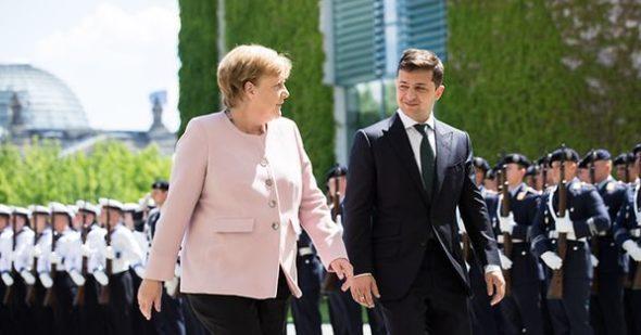 Socjalista wygrywa debatę kandydatów na kanclerza. Polacy rozmawiali z chadekami i zielonymi | Afganistan uderza w rozmowy prezydentów USA i Ukrainy o Nord Stream 2, który też maproblemy